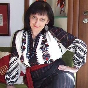 Дара Корний